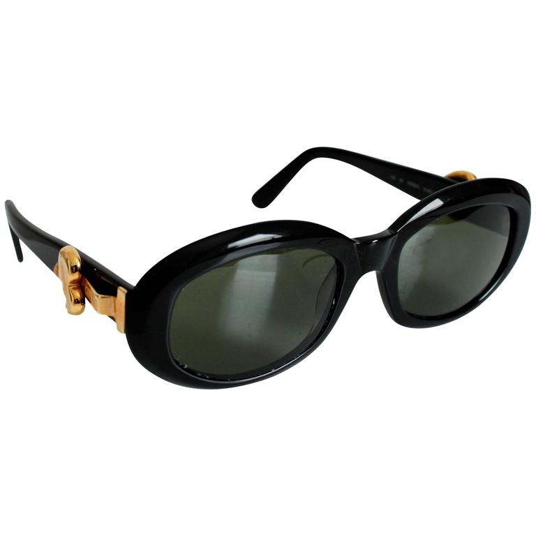 Moschino Sunglasses by Persol Ratti Black Resin Gold Heart Ladies 1985