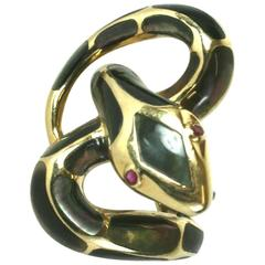 Unusual Mother of Pearl Inlaid Snake Ring