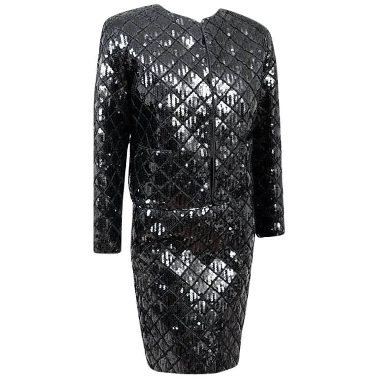 Black quilted and sequined skirt suit, 1980s, offered by Couture Fairy Boutique