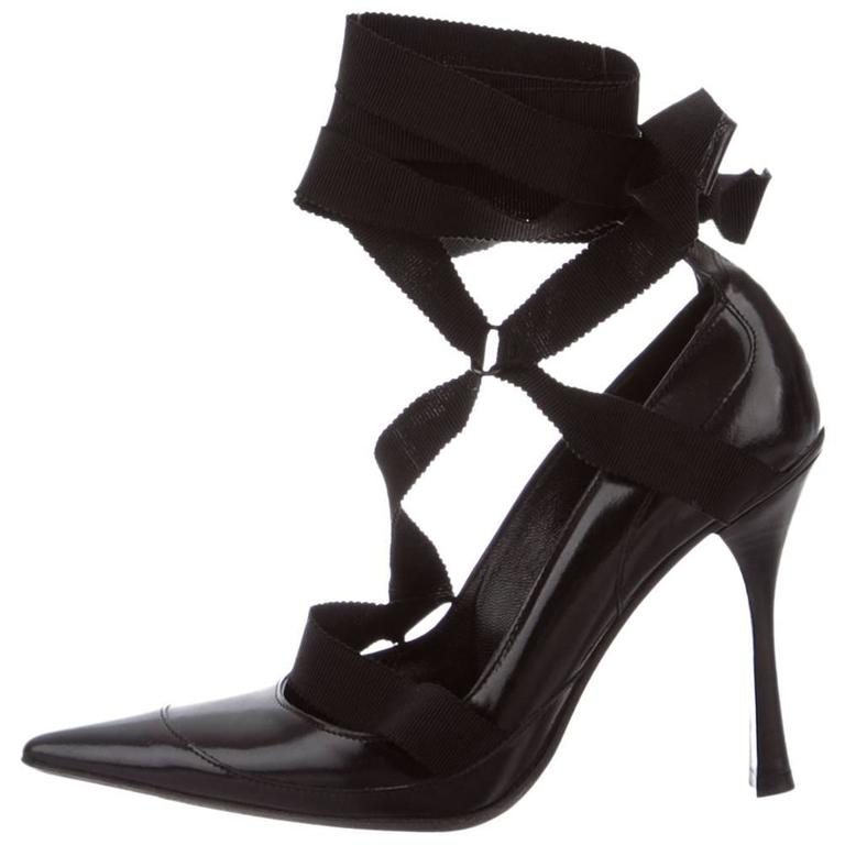 New TOM FORD for GUCCI F/W 2002  Collection Black Ribbon Leather Pump Shoes 6 B