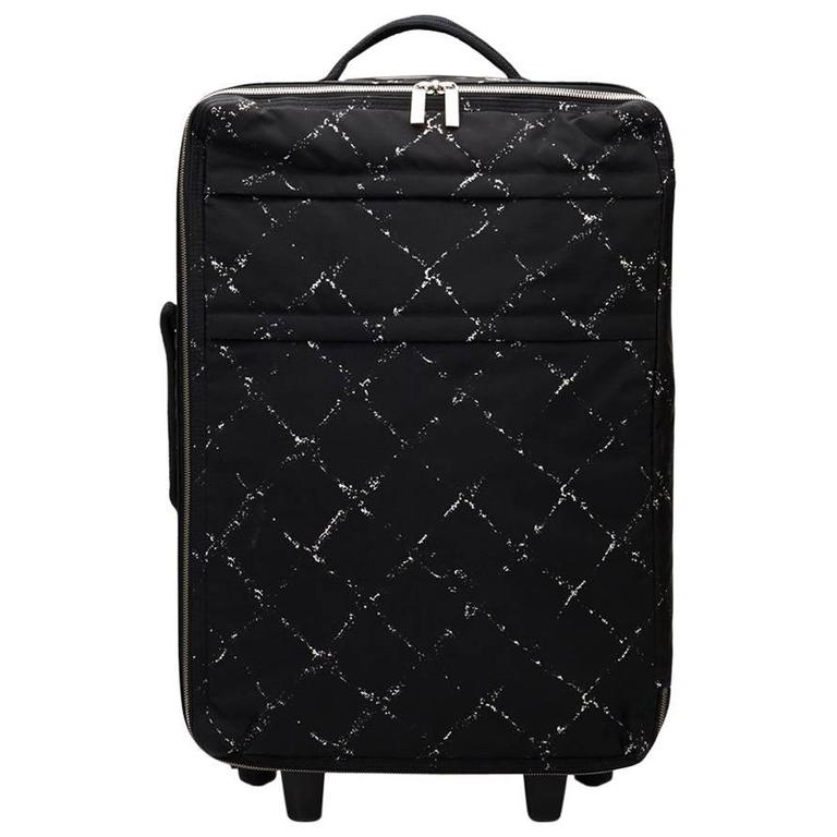 2000s Chanel Black & White Nylon Waterproof Travel Line Rolling Case For Sale