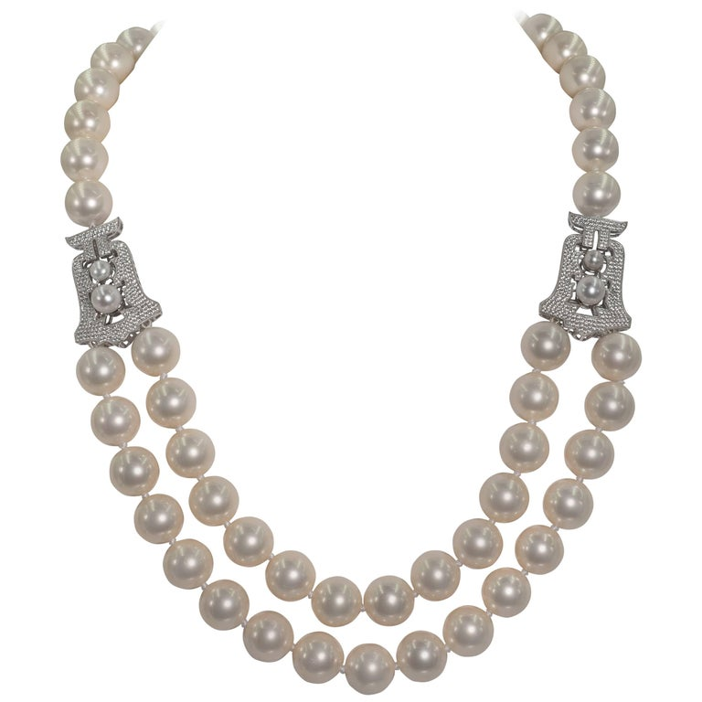 Audrey Hepburn Style Faux Pearl Cubic Zirconia Necklace For Sale