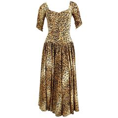 This 1970s NORMA KAMALI leopard printed jersey dress
