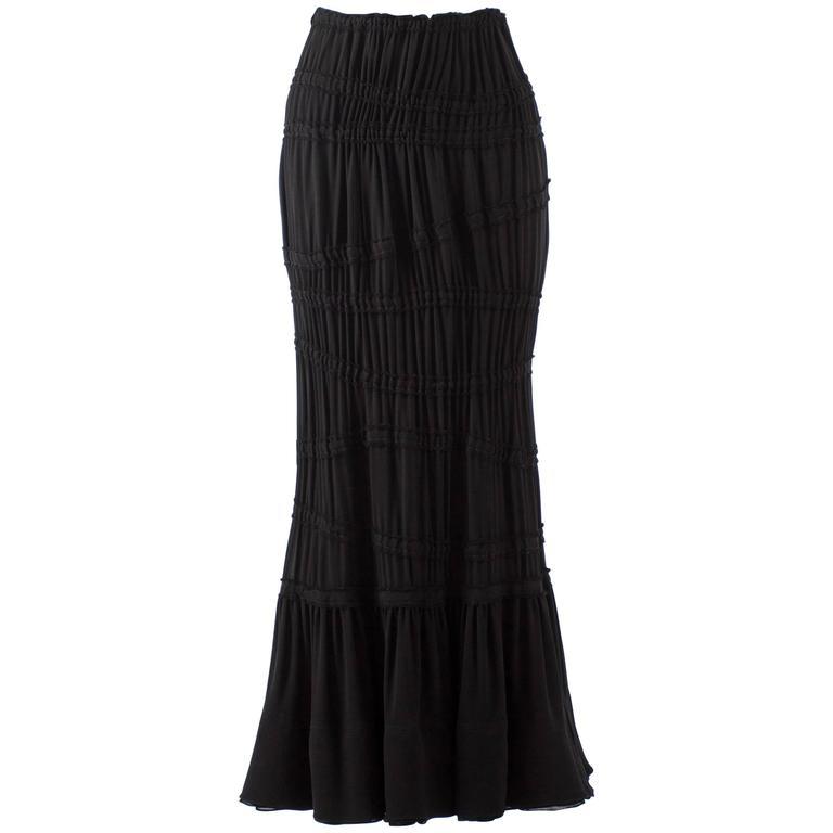 Tom Ford for Yves Saint Laurent Autumn-Winter 2001 black pleated maxi skirt For Sale