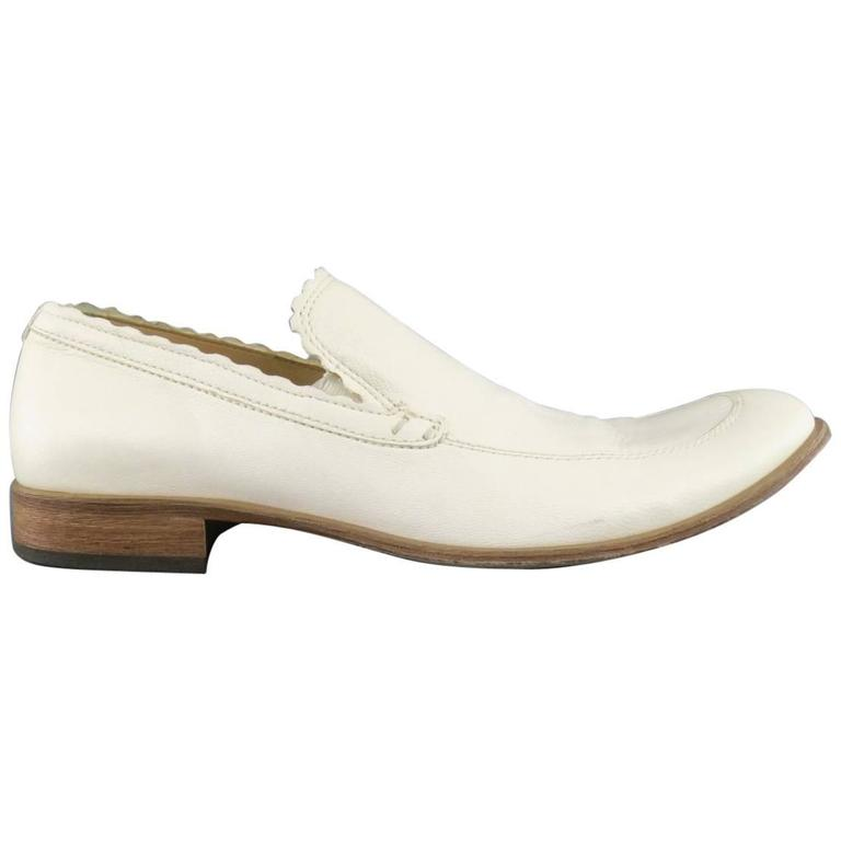 Men's EMPORIO ARMANI Size 9 Off White Leather Scalloped Loafers For Sale