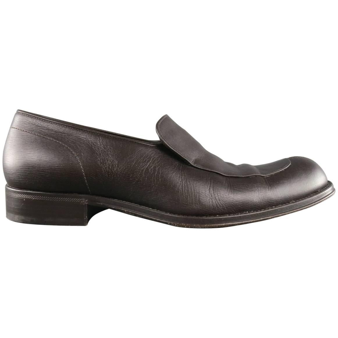 e48bb4e94858 Men s GIORGIO ARMANI Shoes - Size 9.5 Brown Leather Split Apron Toe Loafers  For Sale at 1stdibs