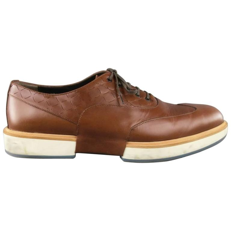 Men's SALVATORE FERRAGAMO Size 11 Tan Solid Leather Wingtip Rubber Sole Lace Up