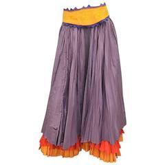 Oscar  de la Renta Vintage  long  pleated  skirt with embroidered belt