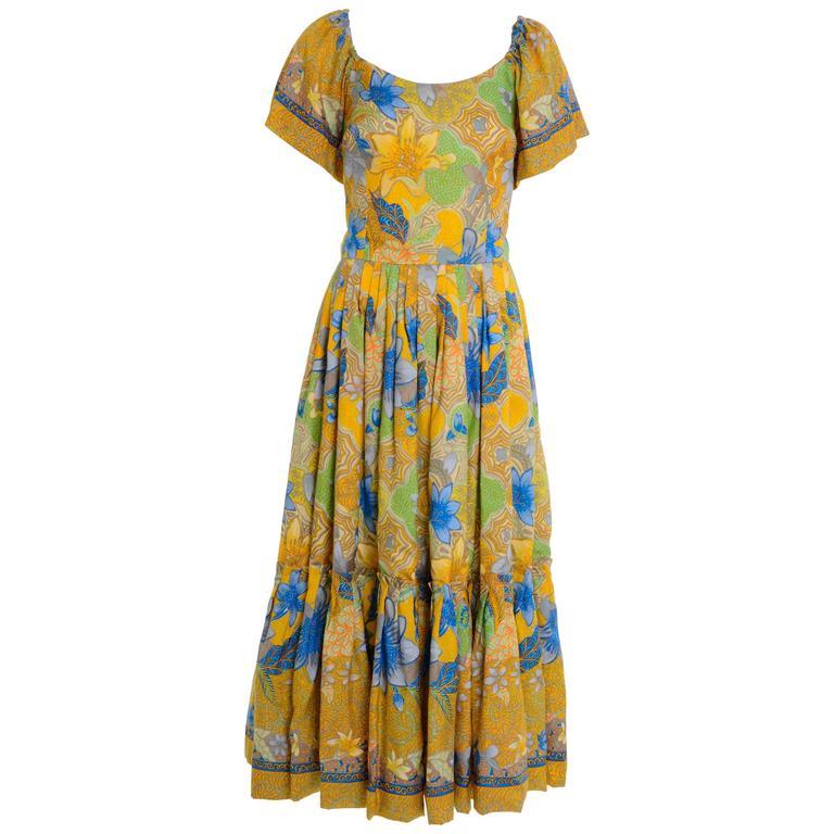 1970s Floral Print Flounced Boho Long Dress