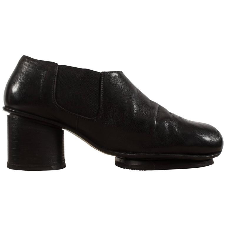 Maison Martin Margiela Autumn-Winter 1999 black leather shoes with socks