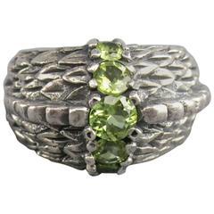 Vintage Size 7.5 Engraved Silver Sterling Silver Green Gem Stone Ring