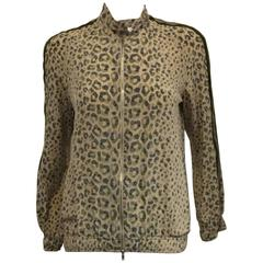 Glorious Gucci Beige & Green Leopard Print Silk Bomber Style Jacket