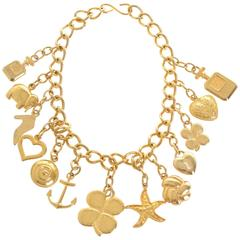 1980s UGO CORREANI Made in Italy Golden Metal Charms Chain Necklace