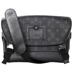Louis Vuitton Black Monogram Messenger PM Voyager Bag