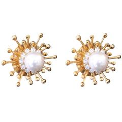 Gold Plated Floral Cluster Pearl Earrings