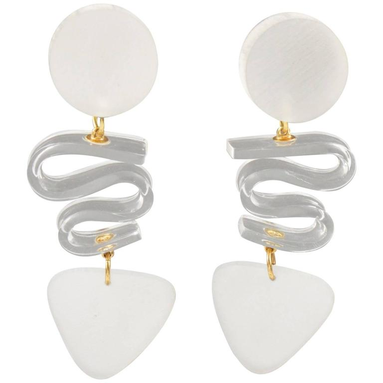 Rare Frosted White Lucite Dangle Clip Earrings by Harriet Bauknight for Kaso 1