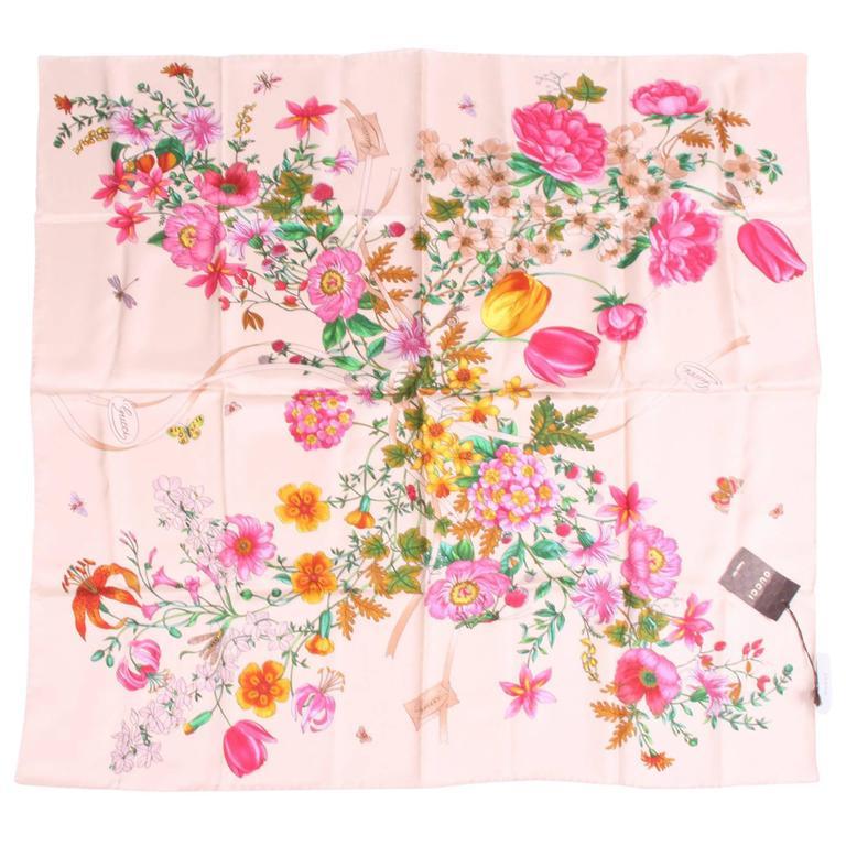 Gucci Silk Scarf Flower Print Gardeny - beige For Sale