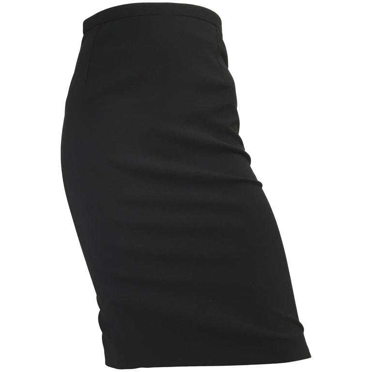 Gucci Black Pencil Skirt Size 4 / 38. For Sale