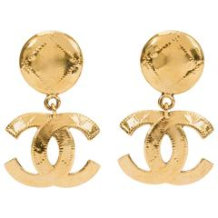 1990's Chanel Gold Quilted CC Dangle Earrings