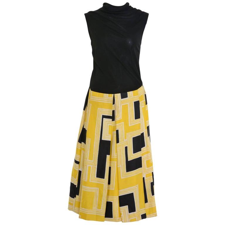 1950s PIROVANO Turtleneck Silk and Jersey Printed Dress