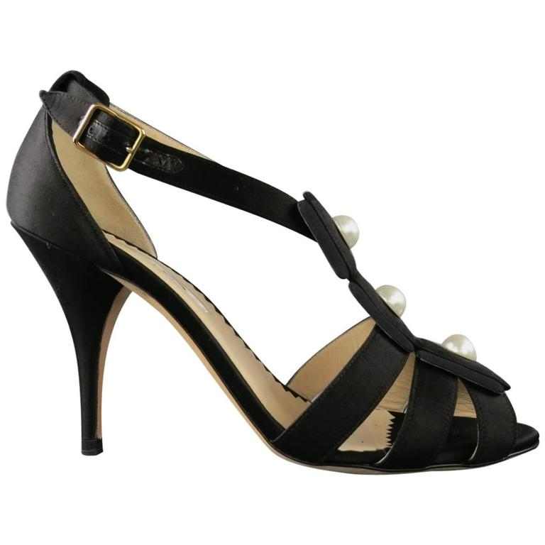 OSCAR DE LA RENTA Size 7.5 Black Silk Strappy Sandals