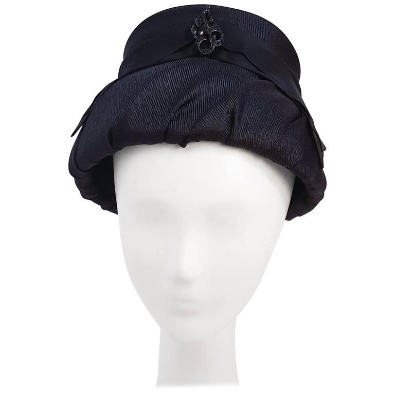 60s Mod Black Ruched Bucket Hat