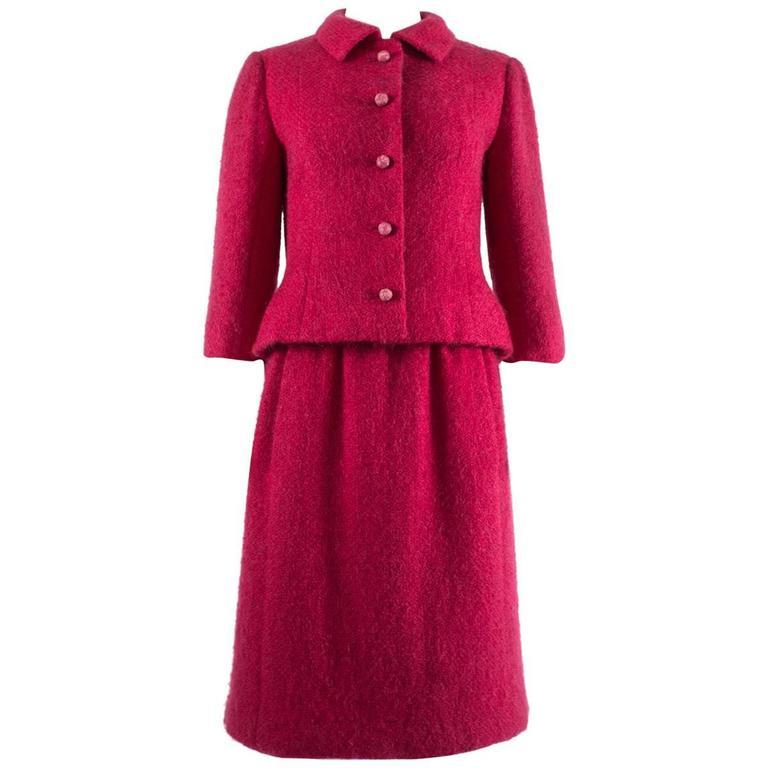 Balenciaga 1961 Haute Couture Cerise wool skirt suit  1
