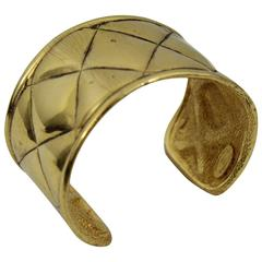 Chanel Vintage Quilted Cuff in Gold Plated Metal