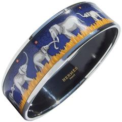Rare Gorgeous Hermes Enamel Printed Bracelet Elephants Grazing Blue PHW S. 65