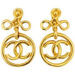 Chic Chanel Heraldic Knot Dangle Logo Clip On Earrings