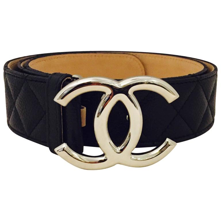 d0d4d5b55738bc Chic Chanel Caviar Diamond Quilted Leather Belt at 1stdibs