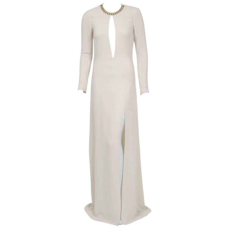 2006 Alexander McQueen Runway White Silk Crepe Chain Plunge High-Slit Gown For Sale