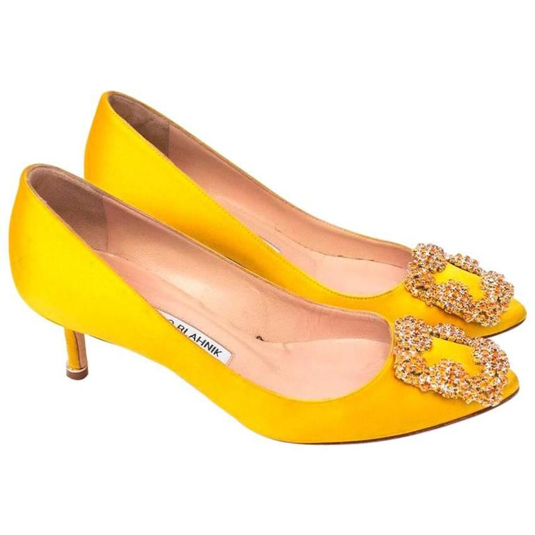 Manolo Blahnik Yellow 'Hangisi' Embellished Pumps