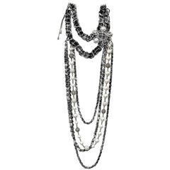 CHANEL Long Chain Necklace 'Paris-Edinburgh' in Tweed and Glass Pearls
