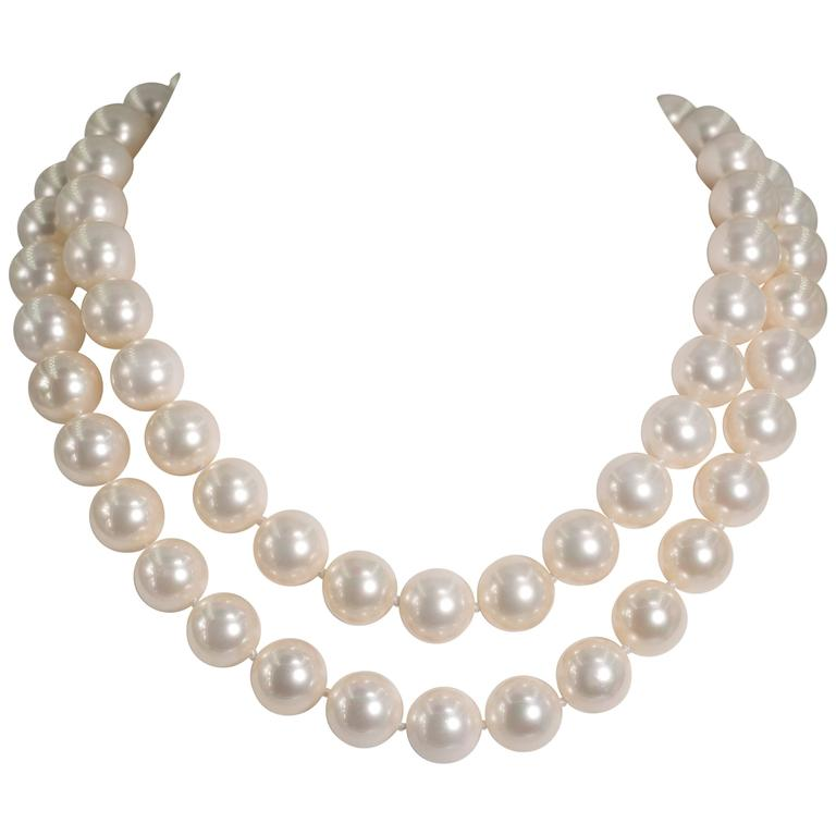 Audrey Hepburn Cream Pearl Necklace TVNb4j6av