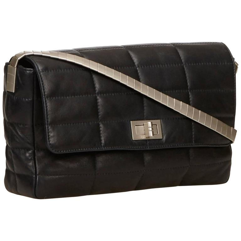 d1a5ff791582 Chanel Classic Black Lambskin Chocolate Bar Reissue Flap Bag For Sale at  1stdibs