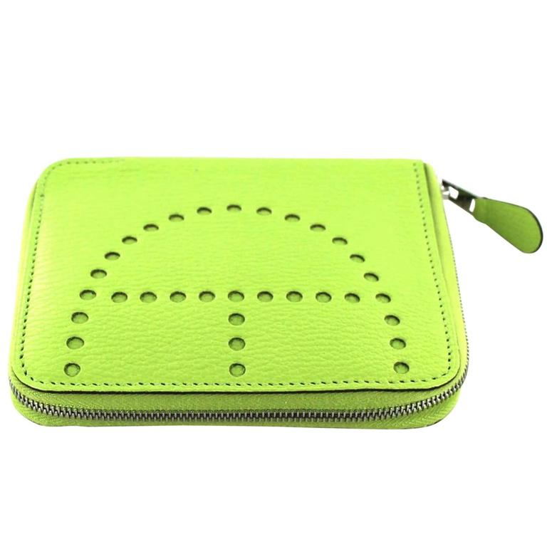 HERMES Wallet Model 'Evelyn' Small Model in Green Apple Leather
