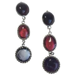 MARGUERITE DE VALOIS Pendant Stud Earrings in Colored Molten Glass