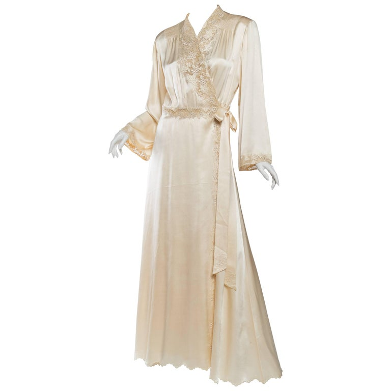 Exquisite Antique Hand Embroidered Couture Silk Dressing Gown