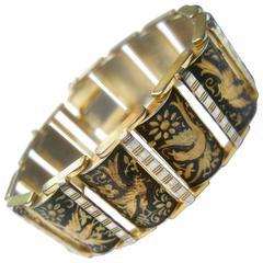 Exquisite Etched Gilt Metal Bird Link Bracelet ca 1960