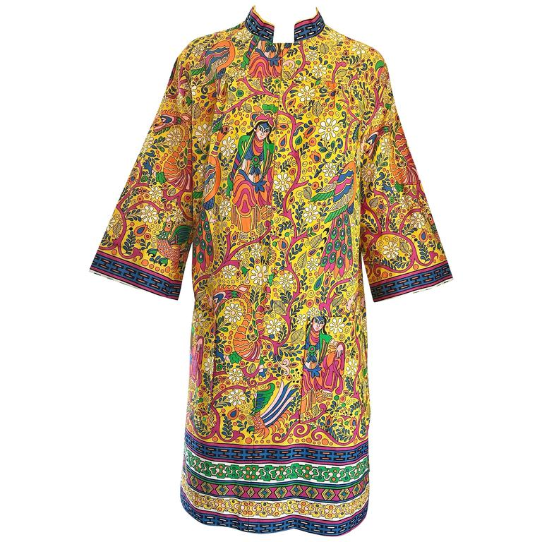 Amazing 1960s Asian Empress Novelty Print Cotton Vintage 60s Tunic Dress  1
