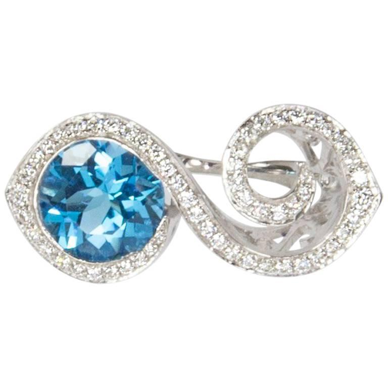 Toi et Moi Bypass Topaz CZ Sterling Silver Rhodium Ring For Sale