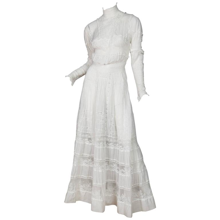 Circa 1900 Victorian Lace And Cotton Tea Dress At 1stdibs
