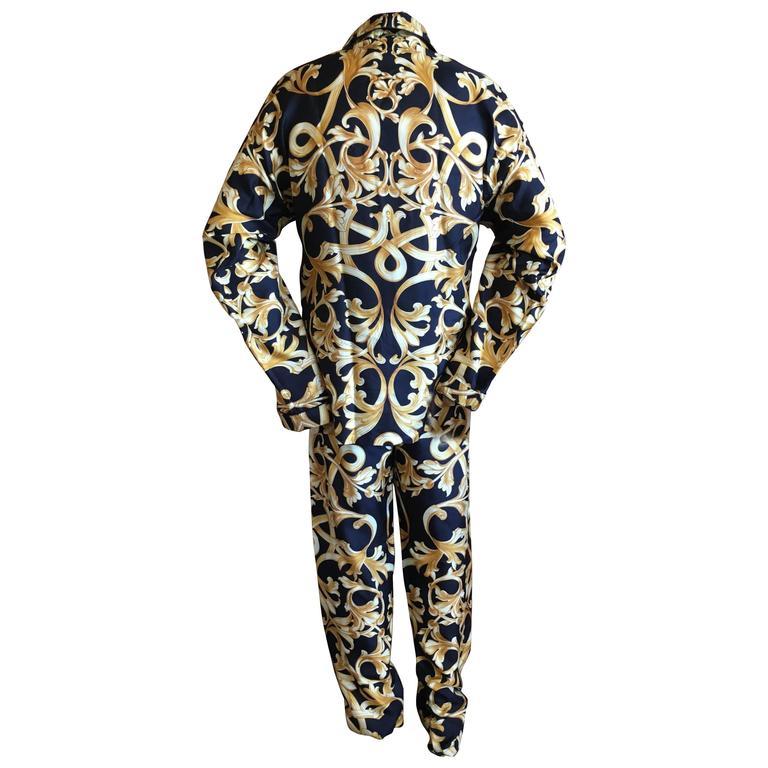 Versace Black and Gold Silk Baroque Print Mens Pajamas Unworn