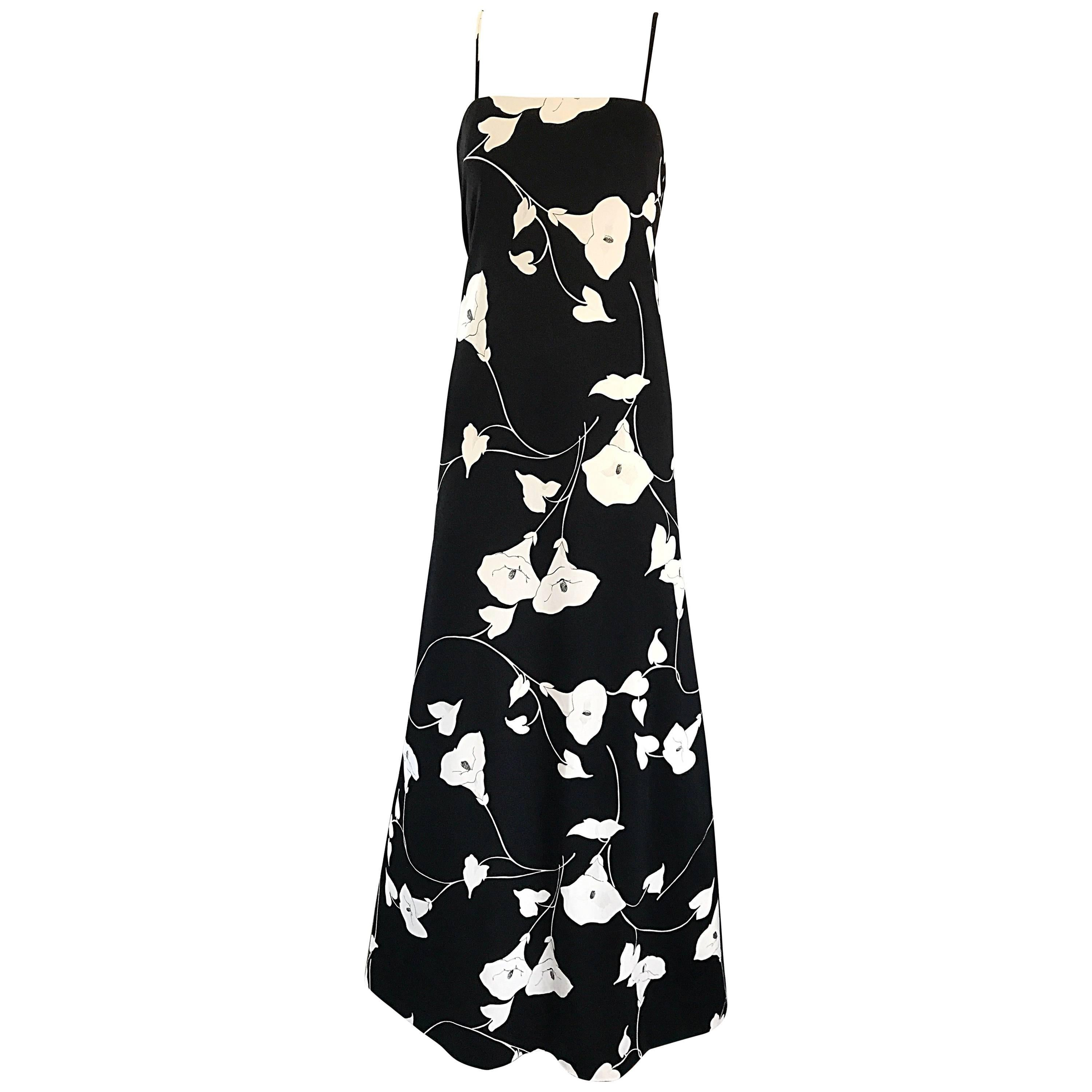 Estevez 1970s Black And White Lily Flower Print Vintage Jersey Gown