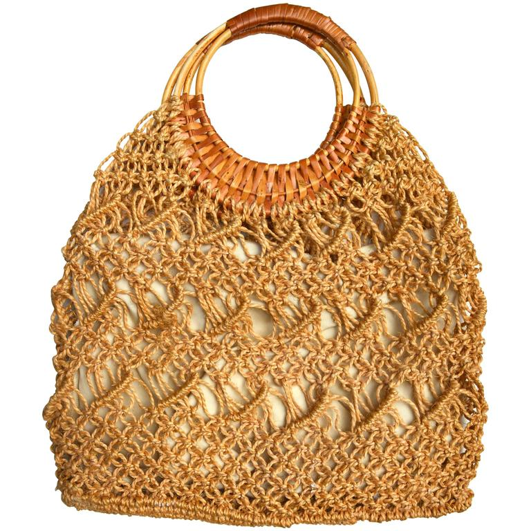 1960s Rope Macrame Beach Bag / Wicker Handle