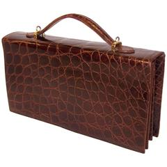 Versatile 1970's Saks Fifth Avenue Italian Brown Alligator Handbag