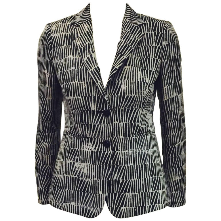 Modern Max Mara Fitted Jacket With Black, Grey and Beige Geometric Print
