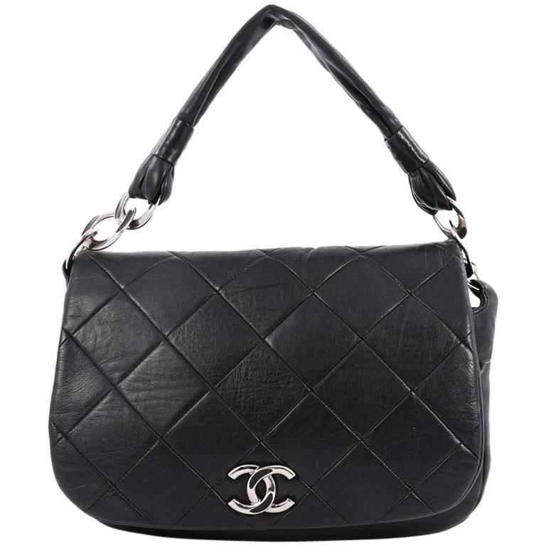 Chanel Flap Messenger Bag Quilted Calfskin Medium