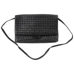 Bottega Veneta Vintage Intrecciato Black Leather Bag. Fair condition